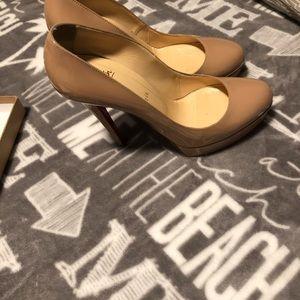 Christian louboutin shoes size 41